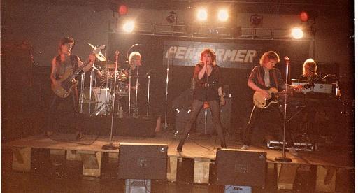 Performer live shot 001.jpg