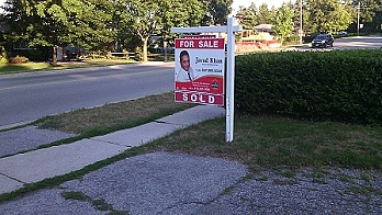 east-ave-sold-sign