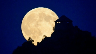 supermoon-image
