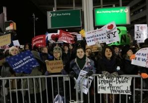 trump-protest-noban-jan-2017