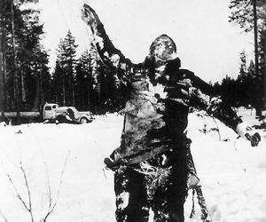 frozen-soviet-soldier