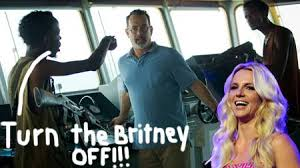 britney-scares-pirates